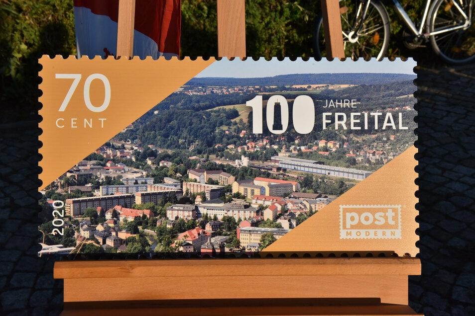 Blick auf Freital vom Windberg aus - das ist das Motiv der Sonderbriefmarke von Post Modern.