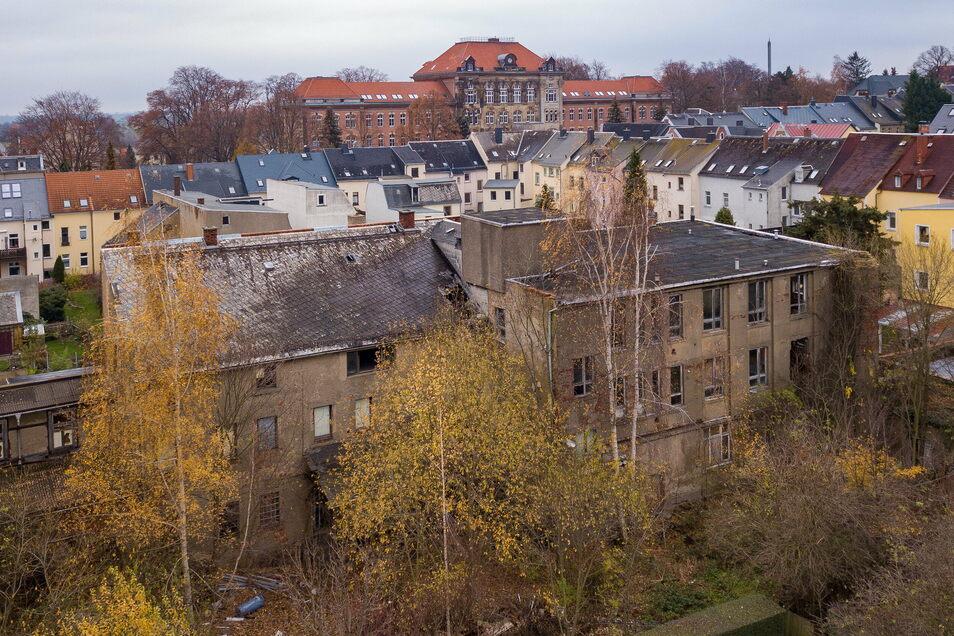 Der Gebäudekomplex, in dem sich früher auch eine Bäckerei befand, soll verkauft werden.