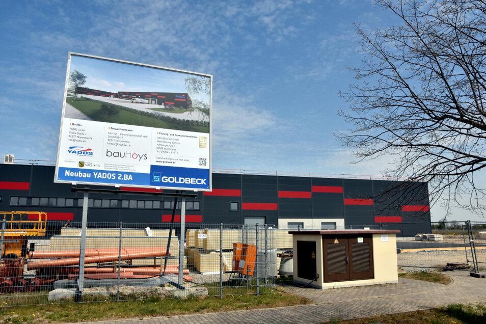 Mit der neuen Halle verfügt Yados im Gewerbegebiet Nardt in Hoyerswerda nun über eine bebaute Fläche von 12.000 Quadratmetern.