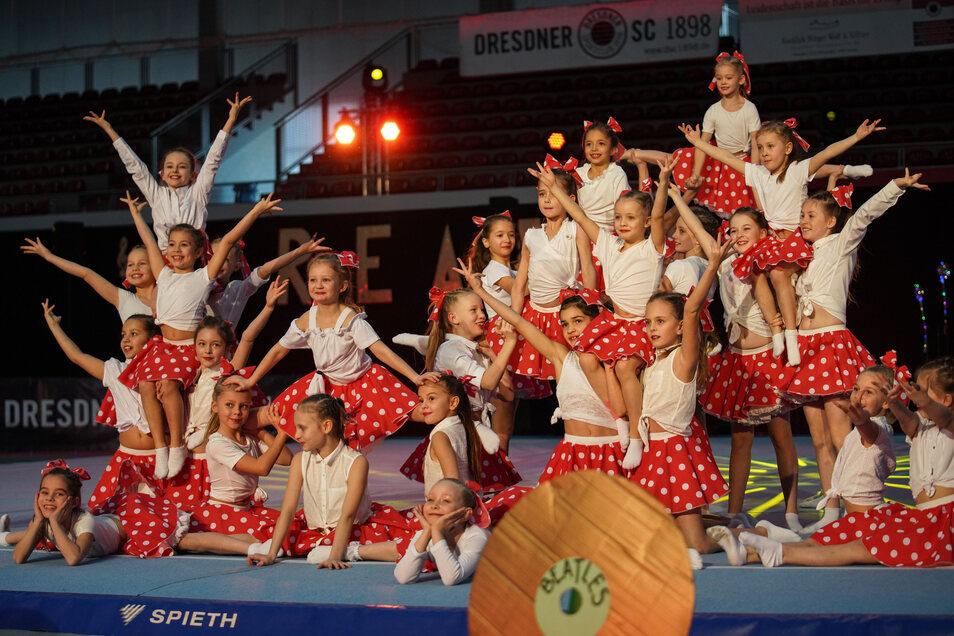 Die jüngsten Sportakrobaten des Dresdner SC bei ihrem Tanz.