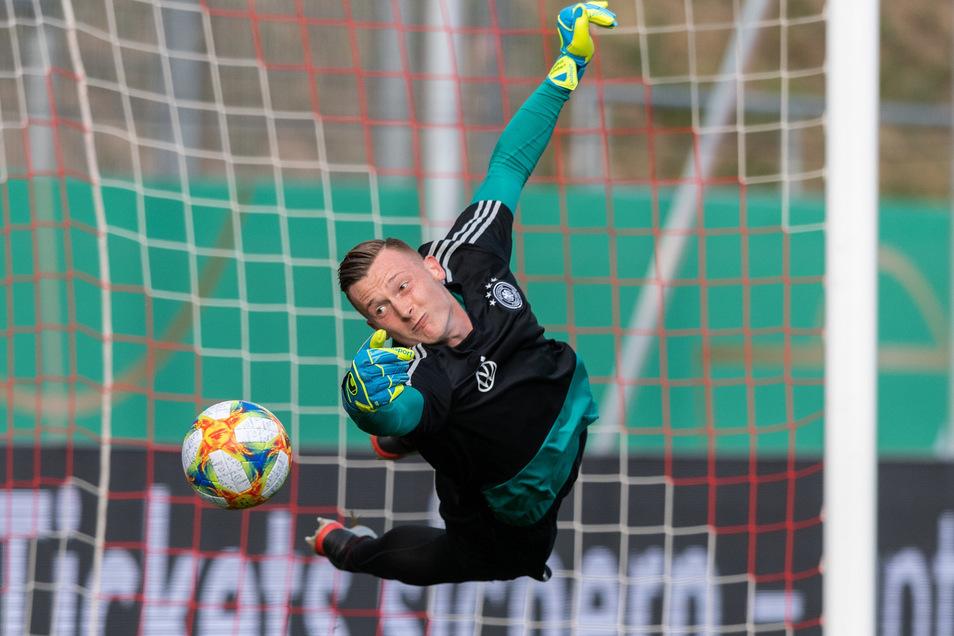 Markus Schubert fliegt jetzt für die deutsche U21-Nationalmannschaft.