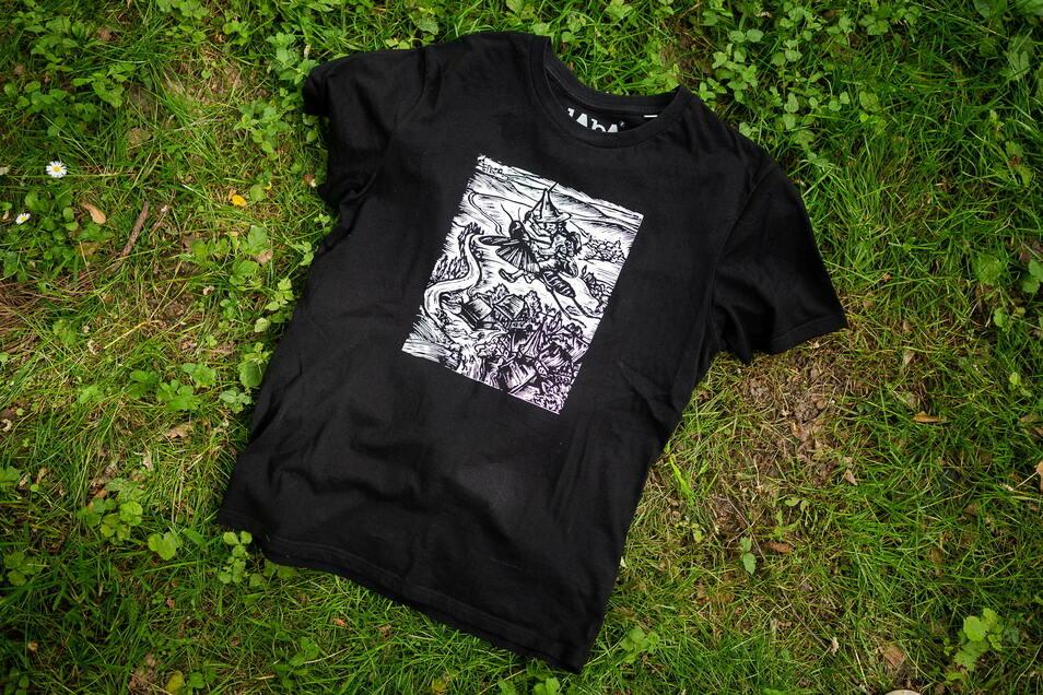 """Das zweite T-Shirt aus der Kollektion """"Alte Meister"""" von Laba-Mode zeigt den Holzschnitt """"Pumphut"""" von Paul Sinkwitz aus dem Jahr 1928."""