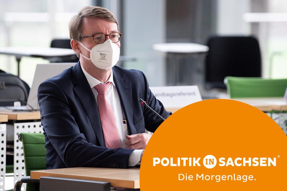 2.000 Corona-Demos habe es in Sachsen bisher gegeben - diese Zahl nannte Innenminister Roland Wöller (CDU) am Mittwoch im Landtag.