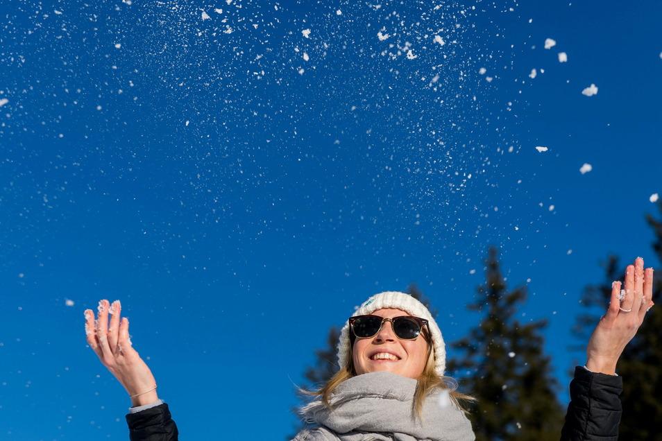 Der Wintereinbruch in Teilen Deutschlands ist heftig - kann aber auch Spaß machen.