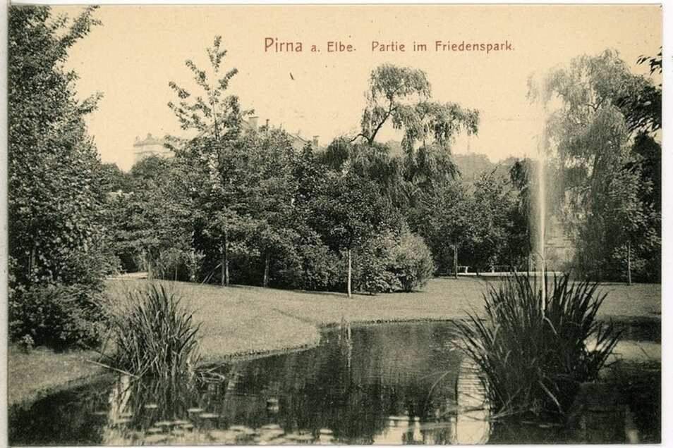 Blick in den Friedenspark auf einer Postkarte um 1905.