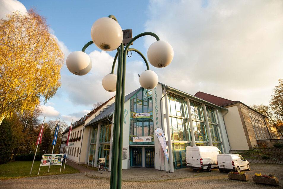 In der Neustadthalle finden regelmäßig Veranstaltungen wie Konzerte und Theater statt. Dennoch bleibt sie ein Minusgeschäft.
