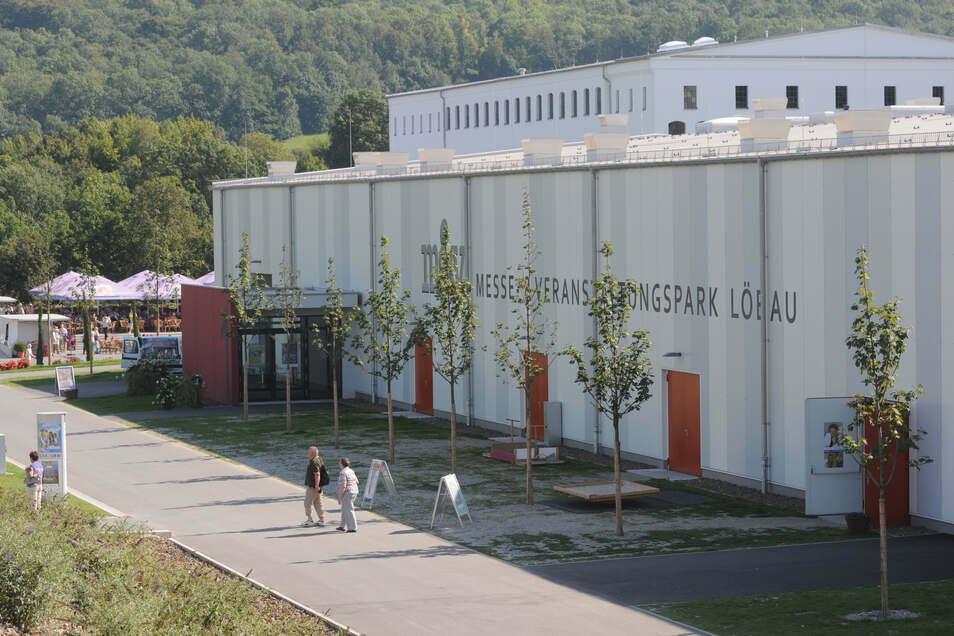 Blick auf die Messehalle Löbau, die im Oktober ihrem Namen wieder gerecht werden soll.