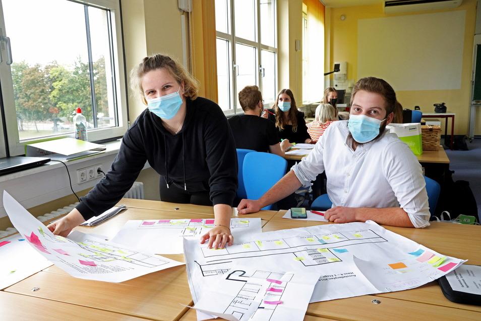 Anne Voigt und Liam Teske sind Veranstaltungskaufleute in Ausbildung. Derzeit bereiten sie mit ihren Mitschülern am Riesaer BSZ die zwölfte Ausbildungsbörse vor. Die findet am 2. Oktober statt.