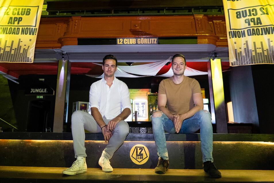 Florian Herbst (links) und Robert Schulze, die Betreiber des L2 Club Görlitz, sind startklar für die erste Veranstaltung nach anderthalb Jahren.
