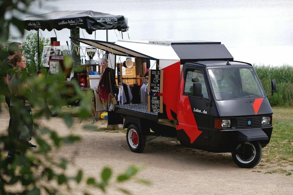 Für den Fashion-Truck ist ein Ape-Dreirad umgebaut worden.