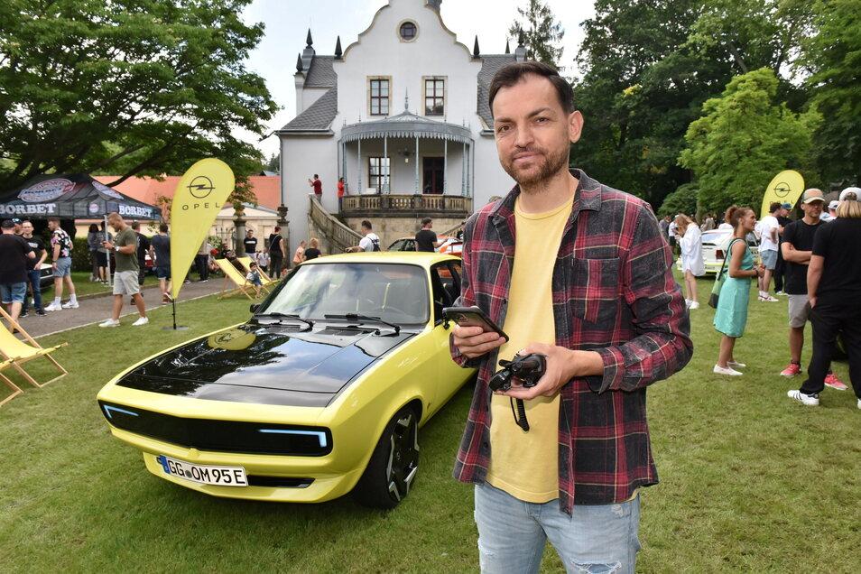 Andreas Füllborn hat das Autotreffen veranstaltet.