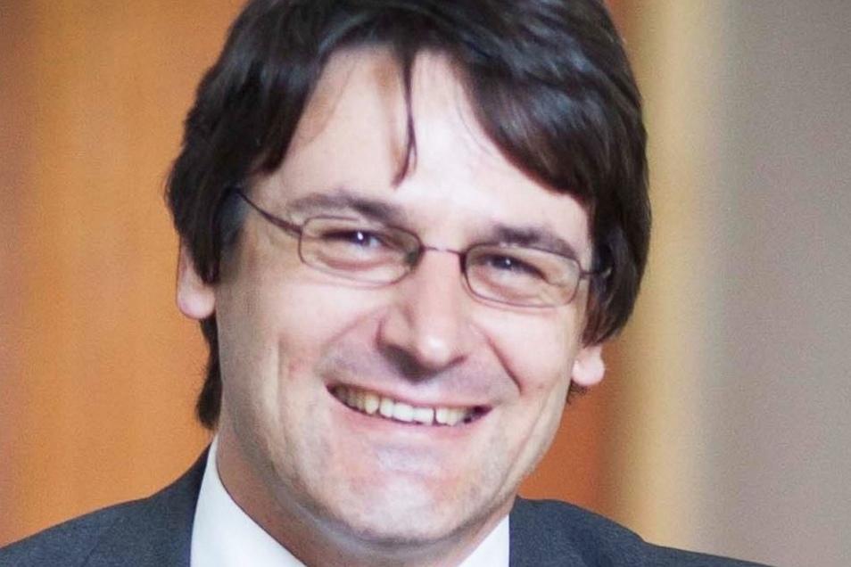 Tilo Lindner ist seit 2013 Baubürgermeister in Riesa. Bis dahin war er Justiziar im Landratsamt. Der Jurist stammt aus dem Vogtland.