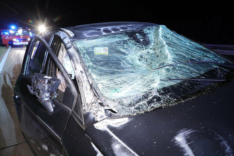 Der Seatfahrer wurde schwer verletzt und ins Krankenhaus eingeliefert.