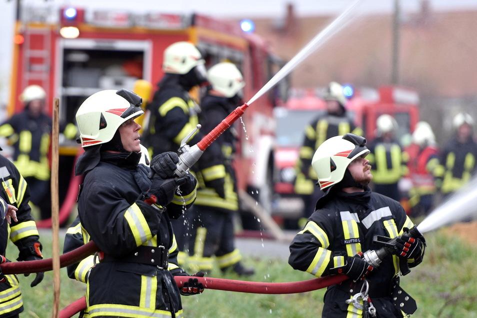 Die Versorgung mit Löschwasser wird für die Feuerwehren zunehmend schwierig.