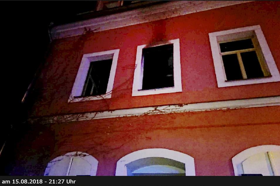 Die Wohnung in der Leipziger Straße brannte völlig aus, war sieben Monate unbewohnbar.