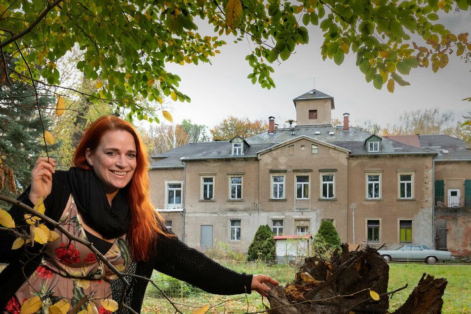 """Schlossbesitzerin Mandy Auerswald lüftet einige Geheimnisse über den außergewöhnlichen """"Tatort""""-Drehort."""