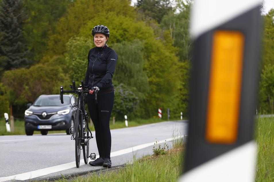 Die Kamenzerin Julia Wendt ist viel mit dem Fahrrad unterwegs. Oft hat sie Angst, wenn Kraftfahrer drängeln und knapp überholen.