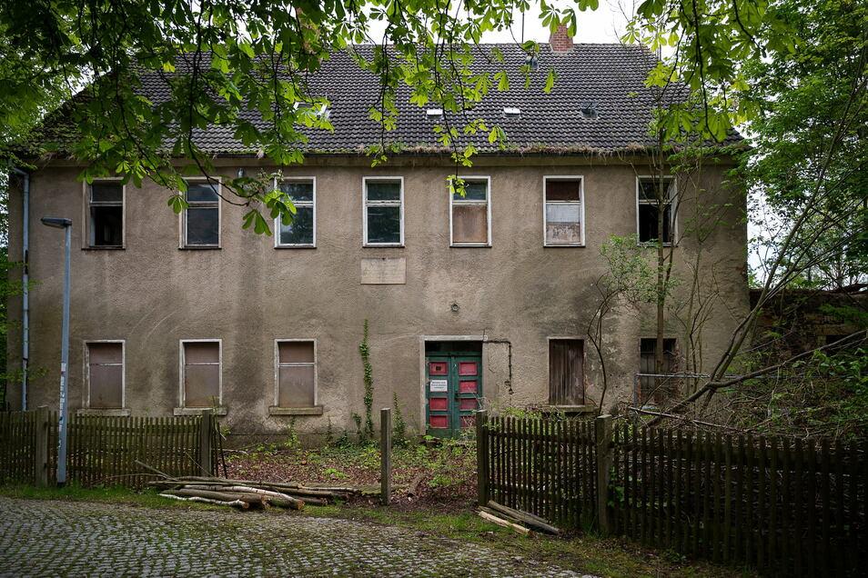 Im ehemaligen Gesindehaus des Demisch-Gutes sollen neun Apartments entstehen: Drei im Parterre, vier im ersten Stock und zwei im Dachgeschoss.
