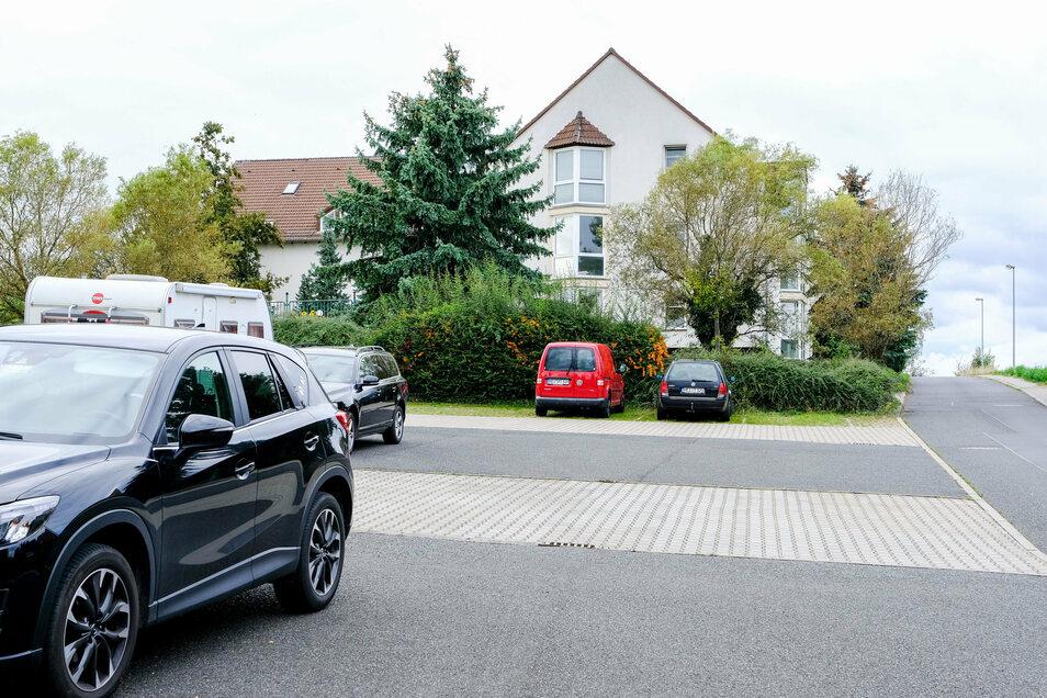 """Der ehemalige Gasthof """"Ratsschreiber"""" in Friedewald/Dippelsdorf soll - so die Absicht der Besitzer - im Gewerbegebiet zum Wohnstandort werden. Zur Unterstützung wurde im Moritzburger Ortsteil eine Bürgerinitiative gegründet."""