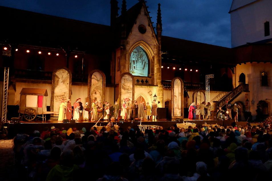 Die Neuen Burgfestspiele, die in diesem Jahr ausfallen mussten, können im nächsten Jahr stattfinden. Die Finanzierung dieses Großereignisses über den Kulturraum ist gesichert.