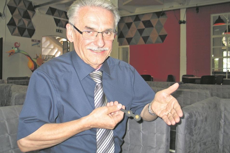 Der Unternehmer und Stadtrat Hartmut Schirrock verlor den Kampf gegen Corona. Für Weißwasser ein großer Verlust.