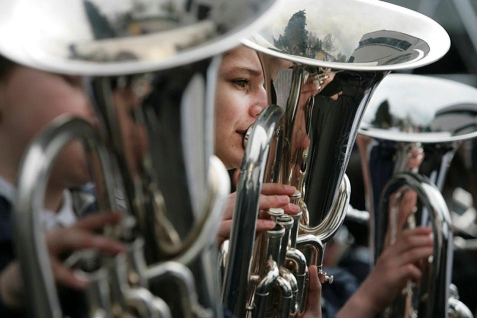 Wieder gemeinsam musizieren - das wünschen sich die Musiker des Spielmannszuges Oberlichtenau. Derzeit ist das nicht möglich.