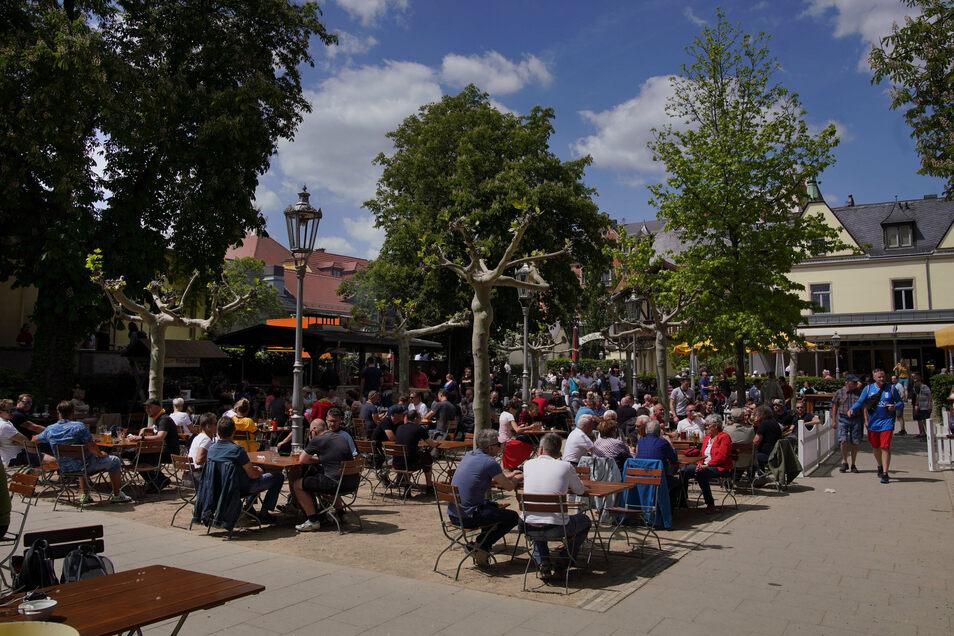 Im Schillergarten wird typisches Biergarten-Essen serviert.
