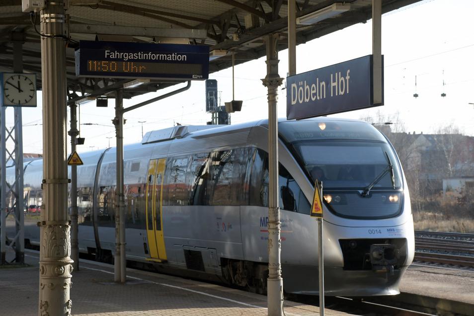 Am Döbelner Bahnhof wird künftig womöglich wieder mehr los sein. Die Mitteldeutsche Regiobahn will bald in den Regelbetrieb übergehen.