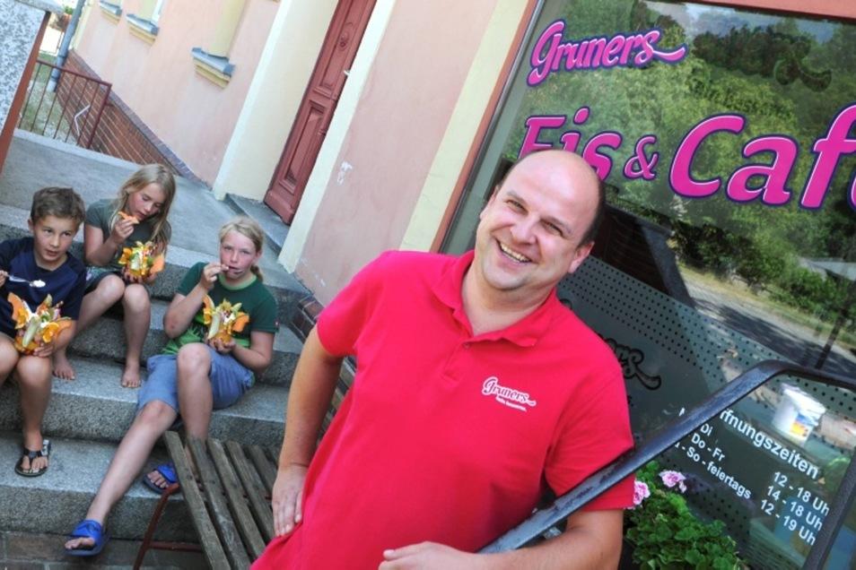 Was einst als spontane Idee begann, hat sich in fünf Jahren fest etabliert. Das Eiscafé von Christian Gruner hat viele kleine und große Fans.