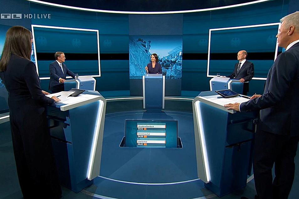 Das erste TV-Triell lief auf RTL und dauerte 90 Minuten.