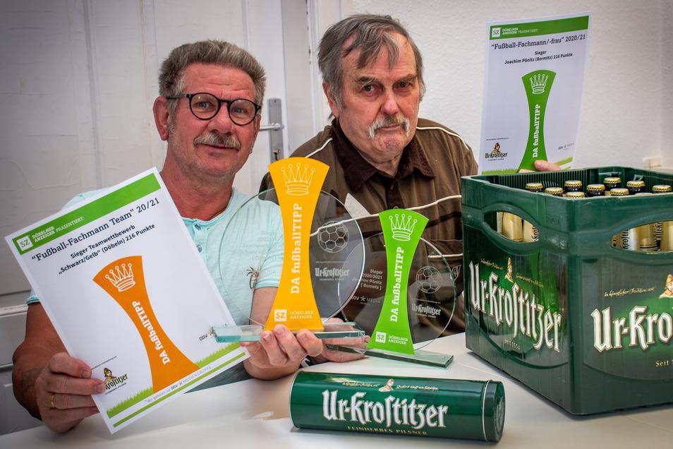 Das Team Schwarz/Gelb, zu dem Peter Behnke (links) gehört, und Joachim Pönitz sind die Gesamtsieger des DA-Fußball-Tipps.