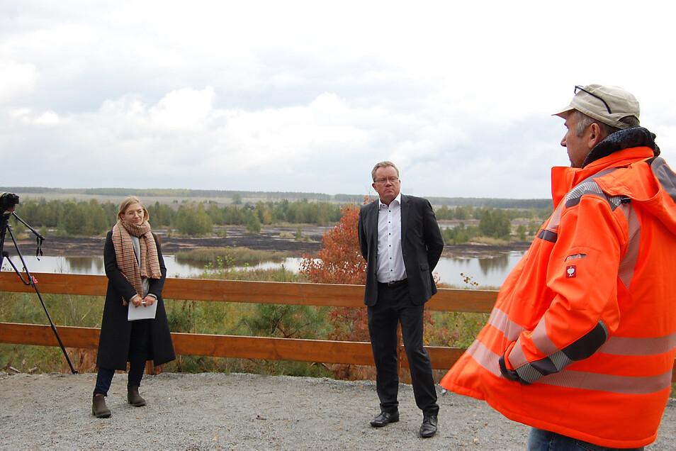 Dr. Alexander Harter (rechts) vom Naturschutzgroßprojekt hatte die Landtagsabgeordnete Lucie Hammecke und Staatssekretär Gerd Lippold zu Gast.