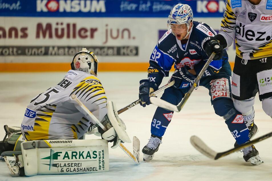 Gegen Bayreuth am vergangenen Sonntag traf Tomas Andres noch für die Dresdner Eislöwen. Am Freitag gelang dem Eishockey-Zweitligisten aber kein Tor.