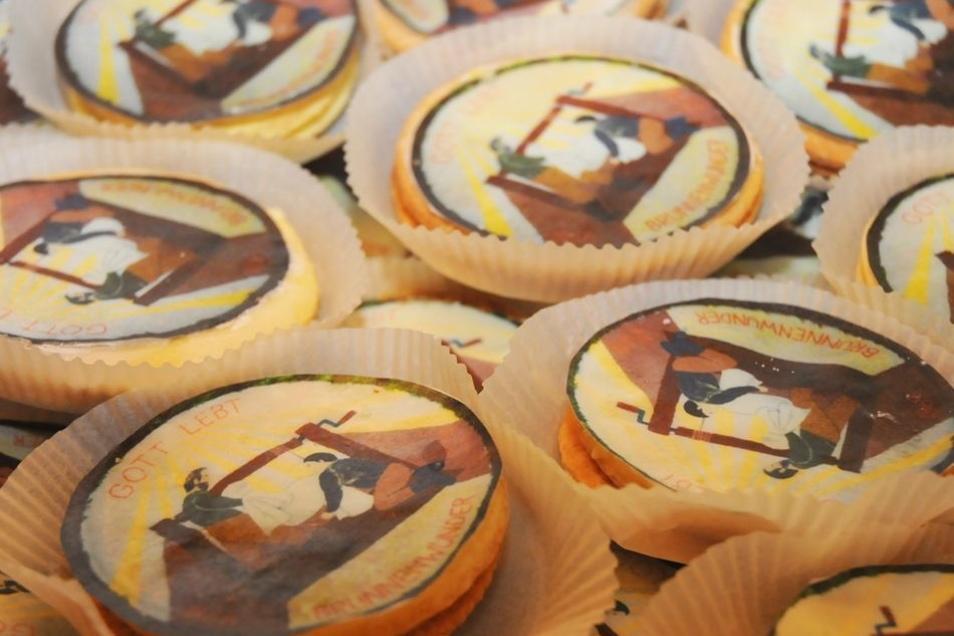 Zum Jubiläum wurden sogar Kekse mit dem Motiv des Brunnenwunders gebacken und verteilt.
