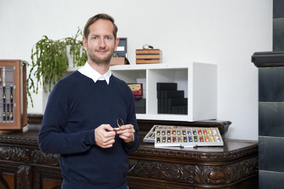 Stephan Sohn, Geschäftsführer der Zeitauktion GmbH aus Chemnitz, errichtet eine Niederlassung in Kesselsdorf.