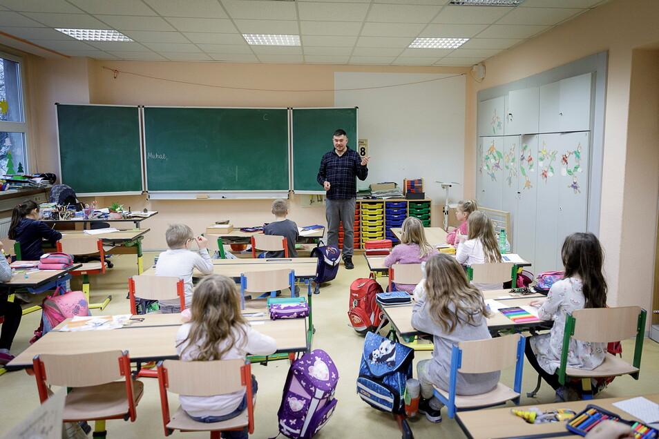 An der DPFA-Regenbogen-Grundschule lernen Kinder bereits früh Polnisch und Englisch.