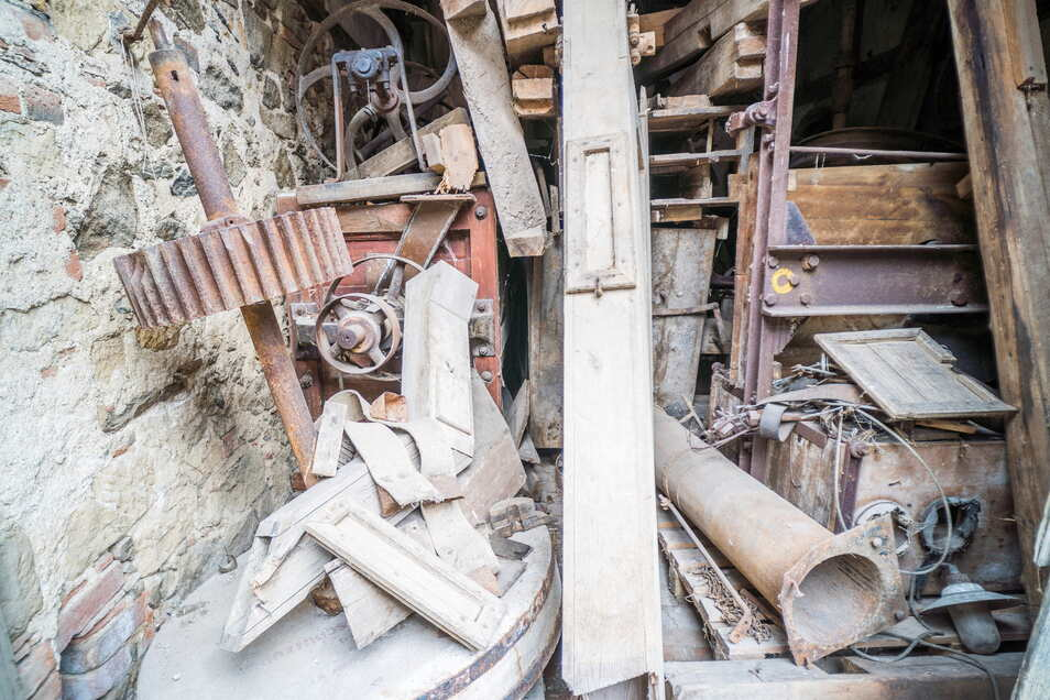 Die alte Mühlentechnik wurde im Zuge der Sanierungsarbeiten gesichert.,