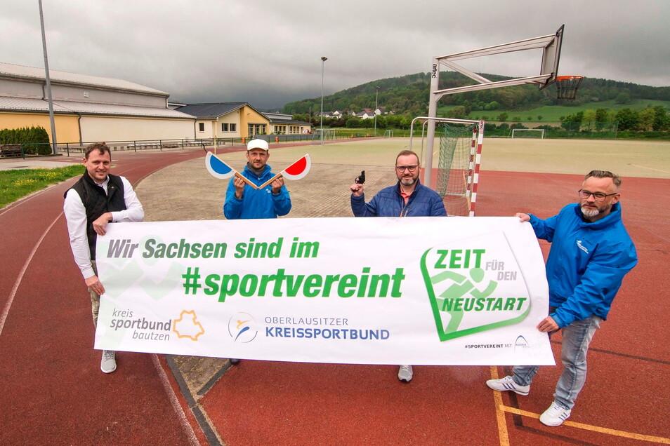 Der Kreissportbund Bautzen und der Oberlausitzer Kreissportbund, vertreten durch Lars Bauer, Stephan Meyer, Torsten Pfuhl und Marko Weber-Schönherr (von links) rufen zum Sportwochenende vom 28. bis zum 30. Mai auf.