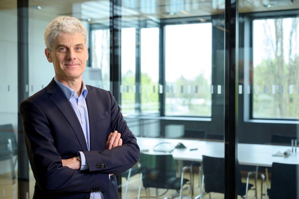 Gastautor Gerd Kempermann ist Neurowissenschaftler, Forschungsgruppenleiter und Sprecher des Deutschen Zentrums für Neurodegenerative Erkrankungen (DZNE) am Standort Dresden. Zudem ist er Professor an der TU Dresden.