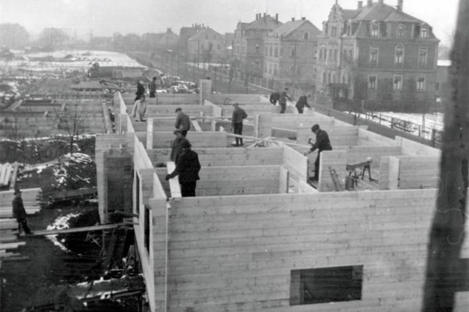 Die Häuser wurden vor 90 Jahren gebaut – hauptsächlich aus Holz.