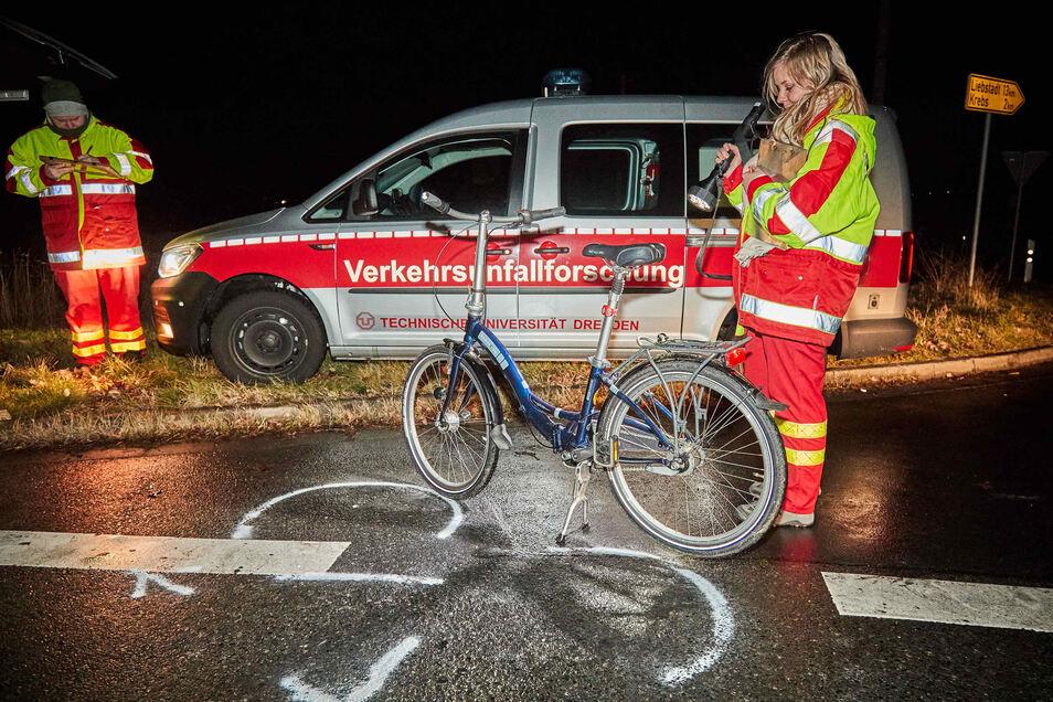 Der Verkehrsunfalldienst ermittelt zur Unfallursache.