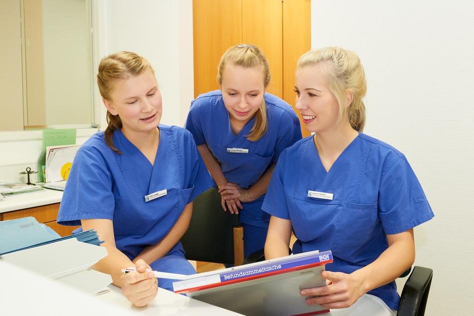 In der neuen Pflegeausbildung wird Teamwork groß geschrieben.
