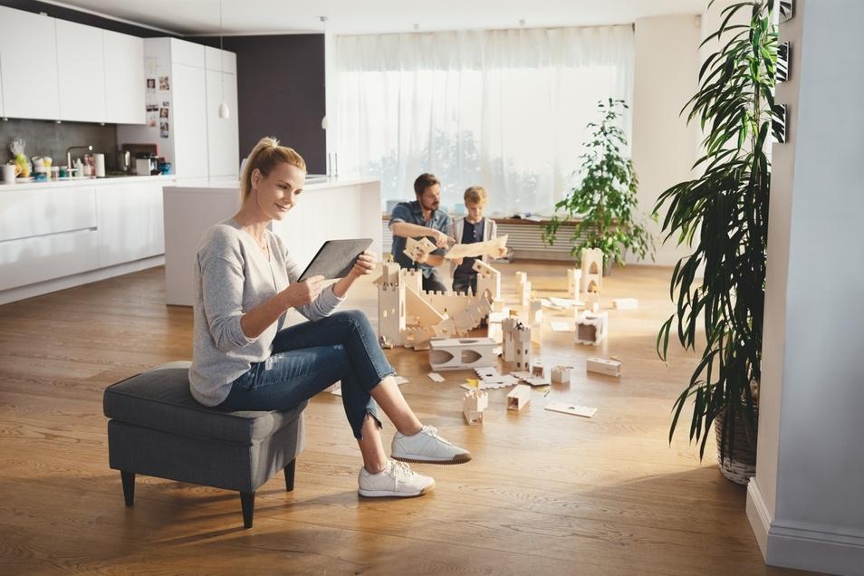 Mit MeinInvest lässt sich auf die Zukunft bauen - ganz bequem von zu Hause aus.