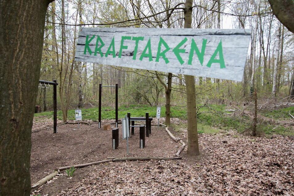 """Die """"Kraftarena"""" kann derzeit nicht genutzt werden. Der Wald ist gesperrt."""