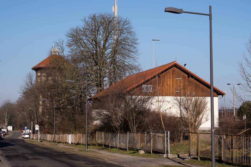 Die Sattigstraße erhält auf dem Abschnitt zwischen Melanchthon- und Jauernicker Straße eine neue Decke.