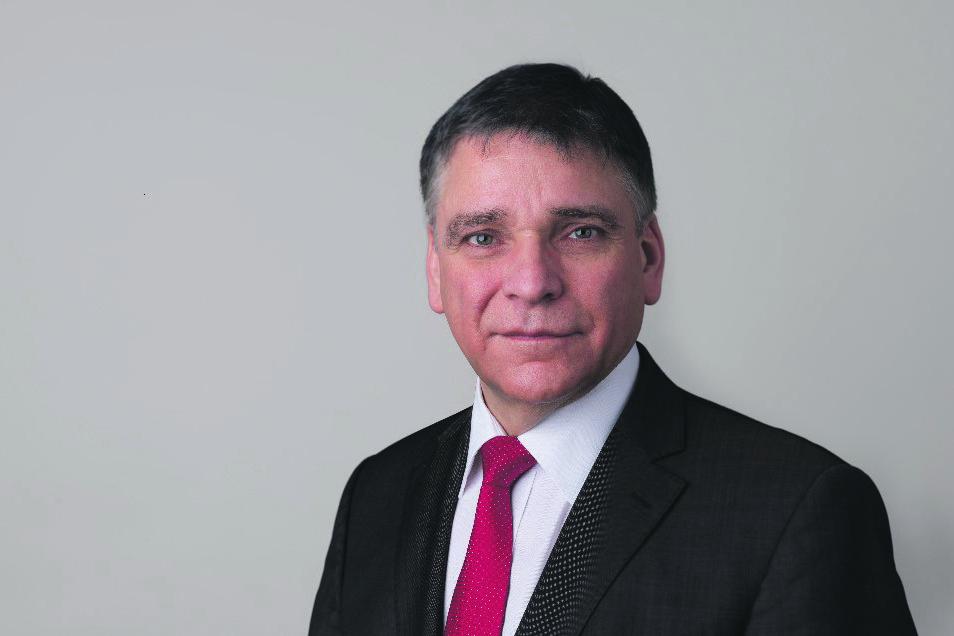 Prof. Ronald Tetzlaff