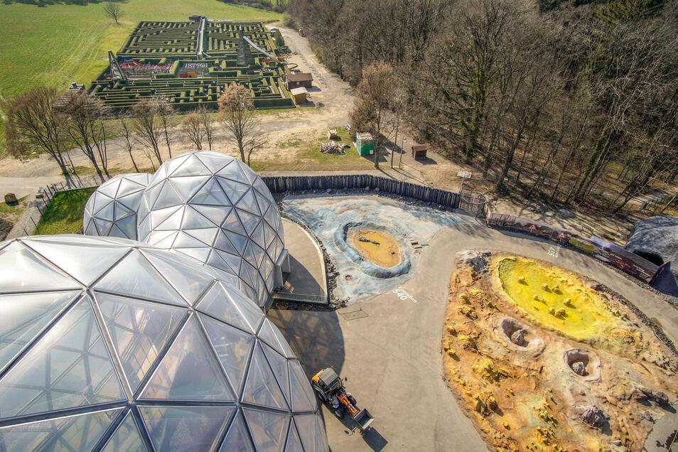 Direkt gegenüber vom Mitoseum, dem Eingangsbereich des Saurierparks, liegt der Irrgarten. Er wird jetzt auch von der Beteiligungs- und Betriebsgesellschaft Bauten betrieben. Wann die beiden Freizeiteinrichtungen wieder öffnen können, steht nicht fest.