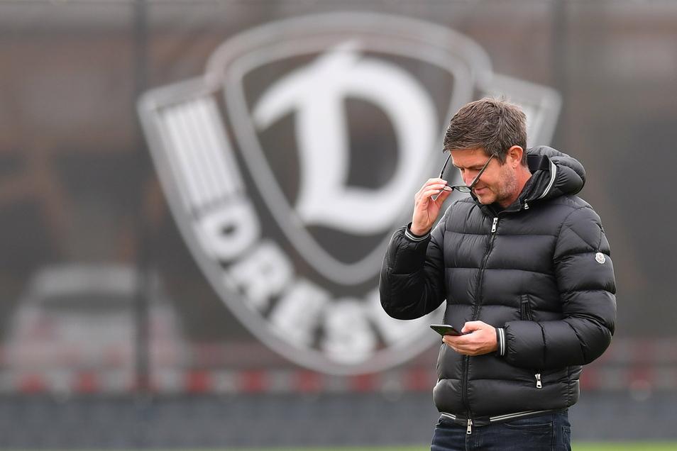 Sportgeschäftsführer Ralf Becker setzt bei der Zusammenstellung des Kaders auch auf Spieler, die Dynamo nur ausleihen kann.