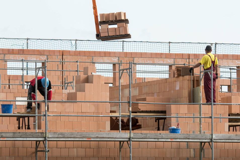 In Thiendorf baut nicht nur die Gemeinde. Auch Private stellen Bauanträge, um das Baukindergeld bis Ende März noch zu erhalten.