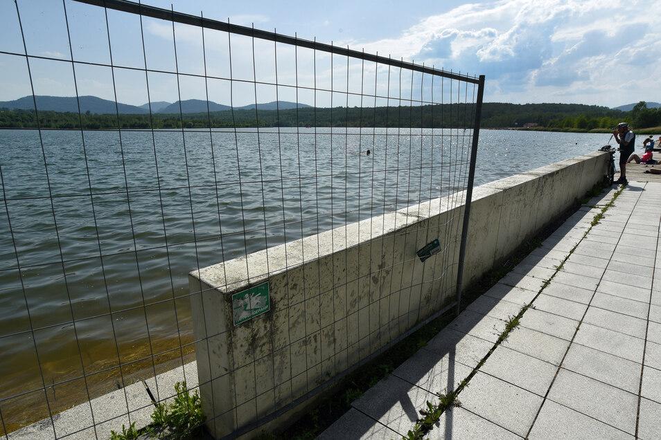 Mit dem Richten von ein paar Platten ist es nicht mehr getan am Olbersdorfer See.